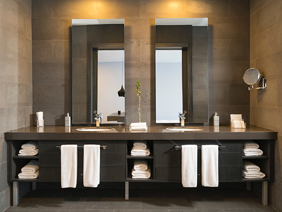 teslabutor.hu fürdőszoba bútor, referenciák